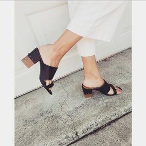 Park Avenue// double strap black heel